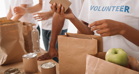 Help feed kids this summer at the Summer Meal distribution sites.